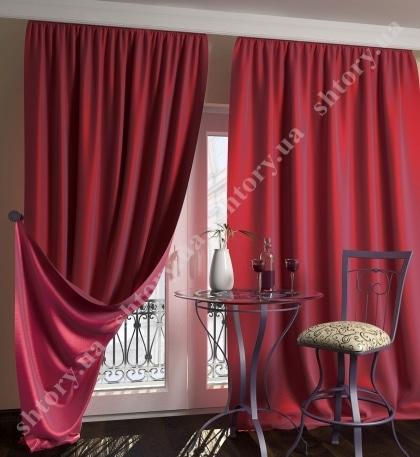 Яркая штора - красная тафта